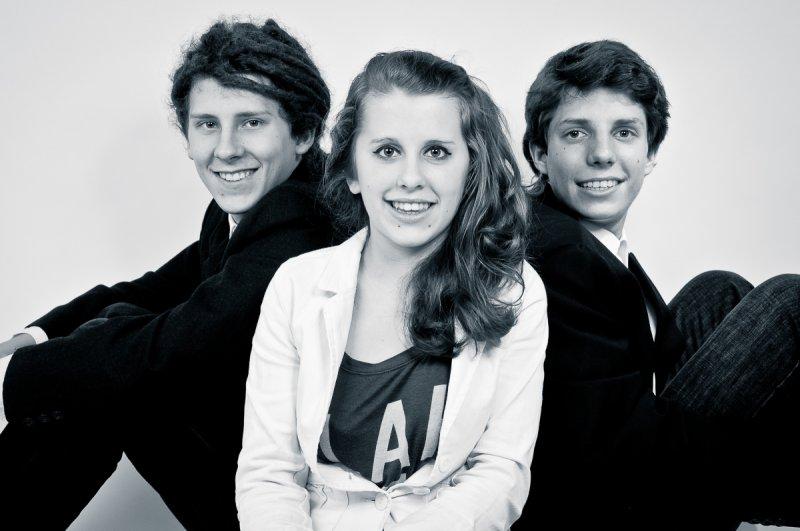 serien02_studio-Geschwister-3